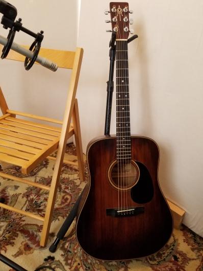 guitar and mic
